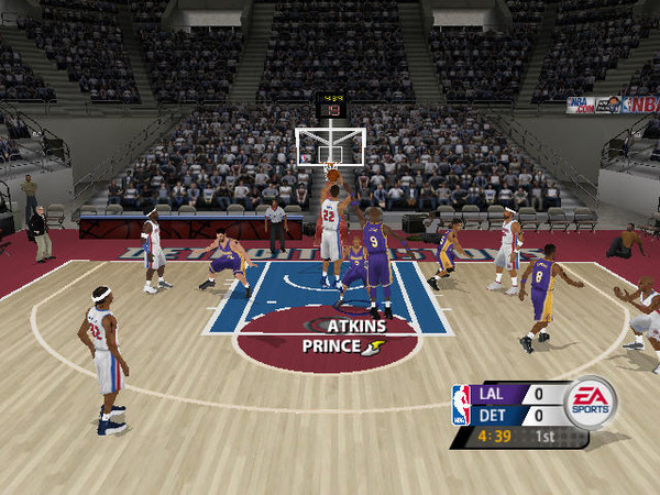 美国职篮2005(NBA Live 2005) 英文免安装版截图3