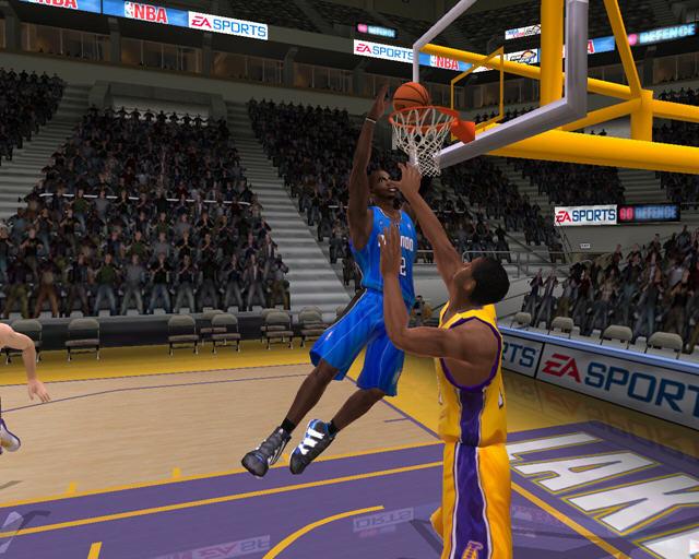 NBA LIVE 2005截图0