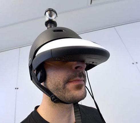 超未来装备 让你拥有360度视野的头盔面世