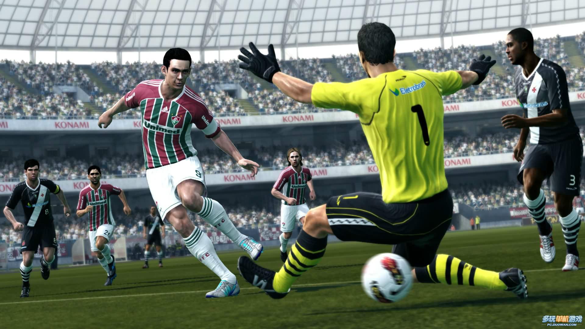 游戏 实况足球-《实况足球2013》游戏精彩瞬间画面