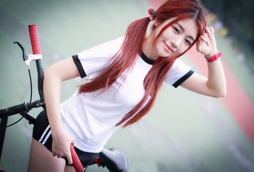 骑自行车的快乐 运动女孩清纯美少女户外写真