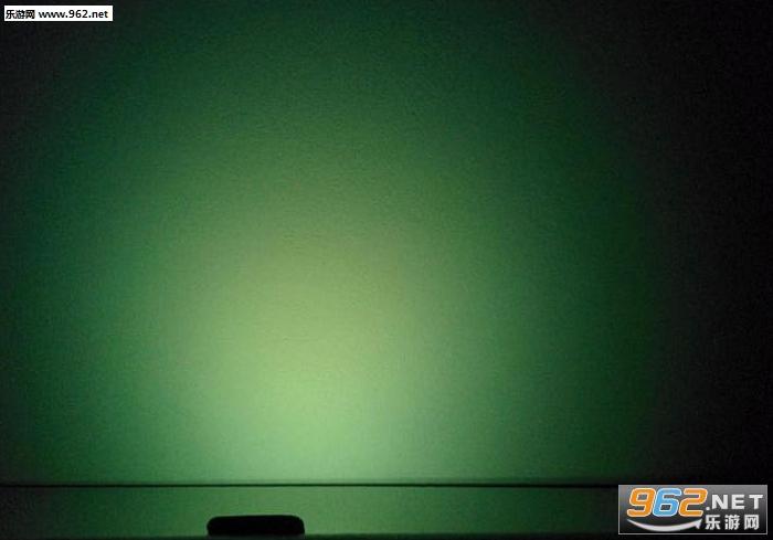 夜间彩虹灯手电筒应用v3.8_截图2