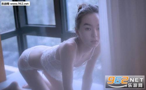 南宁裸跑视频真相 20岁大学生自发视频